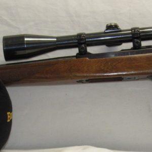 Ruger 77/22 Hornet, Walnut Stock, c/w Weaver K8-1 Scope