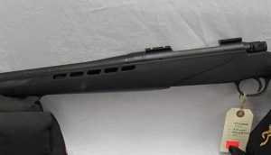 Mossberg 4X4  Bolt Action 30-06 Sprg. Black Synthetic Stock (USED)